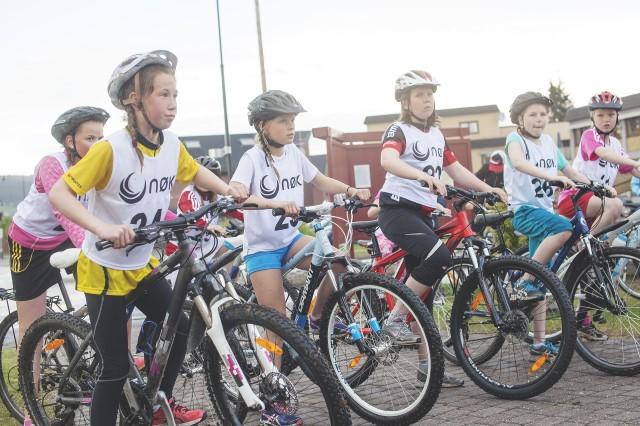 Bilde fra barn på sykkel med NØK startsnummer.